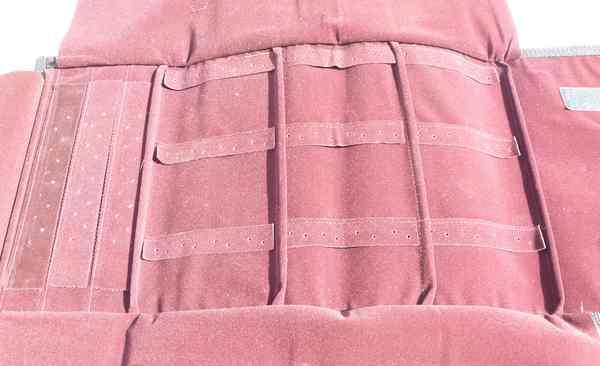 Estuche de tela de 25.5 cm por 15 cm (cerrada) diferentes colores hay espacio para 36 aros largos y-Insumos -Insumos Joyas-MACL