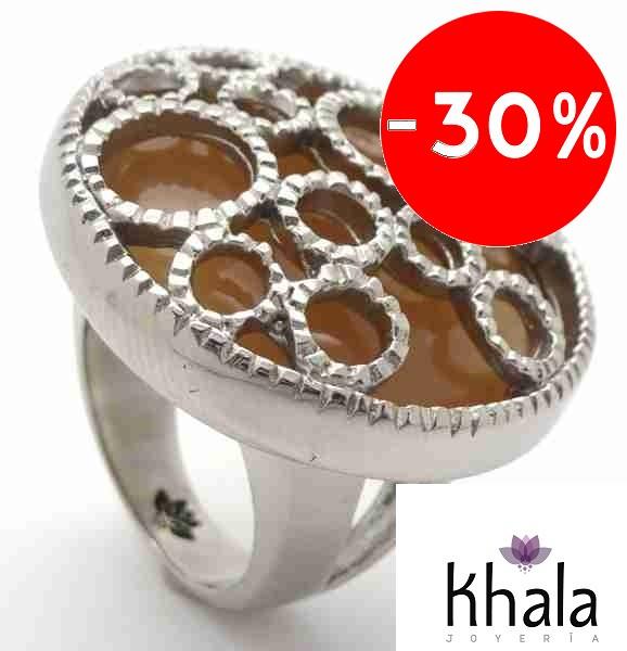 Joyas de acero quirurgico por mayor, anillos. Anillo color acero pulido, redondo , con cristal café-Joyas de Acero-Anillos-RA0581