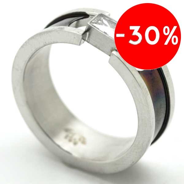 Joyas de acero quirurgico por mayor, anillos. Anillo con bajo relieve en color negro, y circón rect-Joyas de Acero-Anillos-RA0712