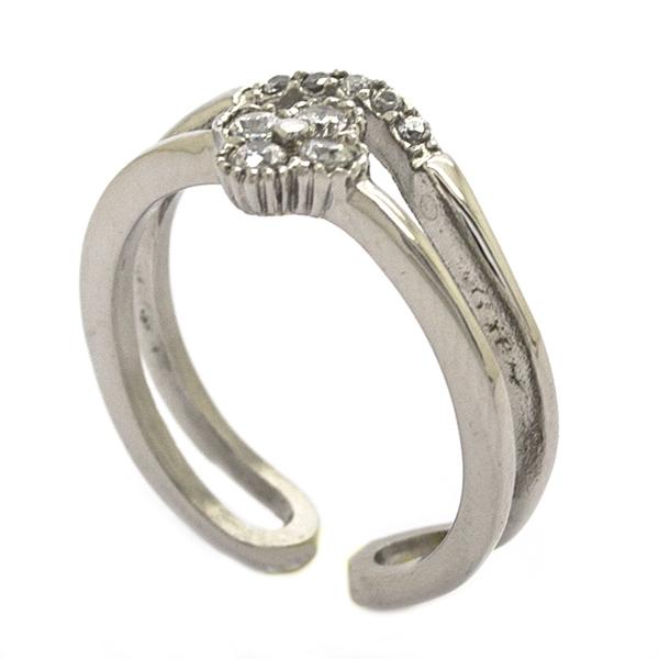 viste tu mano con este delicado diseño doble con circones y una pequeña flor-Joyas de Acero-Anillos-RA0839