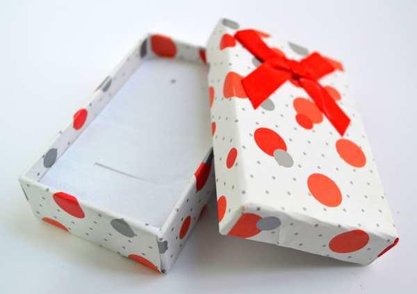 caja para anillo, variedad de colores medidas:tamaño 5*5*3.5*-Insumos -Insumos Joyas-CC6