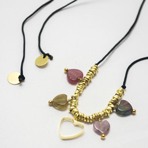 Collares-  Joyas Bañadas en oro Hechas a mano, hilo macramé negro con nudo deslizante de ajuste. Con-Joyas Banadas-Collares-NE0153