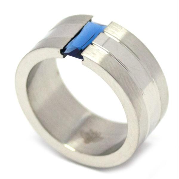 si quieres un diseño minimalista este es ideal para ti, satinado con un pequeño cristal azul-Joyas de Acero-Anillos-RA0006MFB