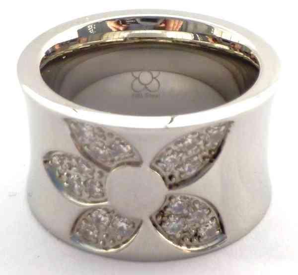 Joyas de acero quirurgico por mayor, anillos. anillo grueso con diseño de flor y engaste de circone-Joyas de Acero-Anillos-RA0193