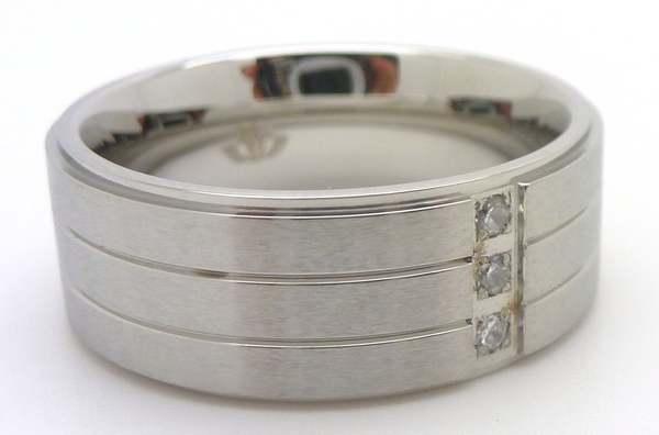 Joyas de acero quirurgico por mayor, anillos. Anillo acero delgado con tres circones verticales-Joyas de Acero-Anillos-RA0505