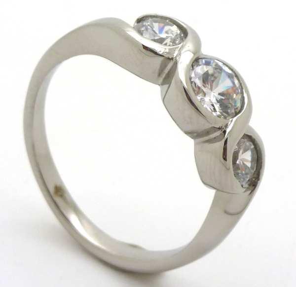 Joyas de acero quirurgico por mayor, anillos. Anillo acero tres circones redondes en la parte super-Súper Ofertas-SOLO POR INTERNET-RA0646