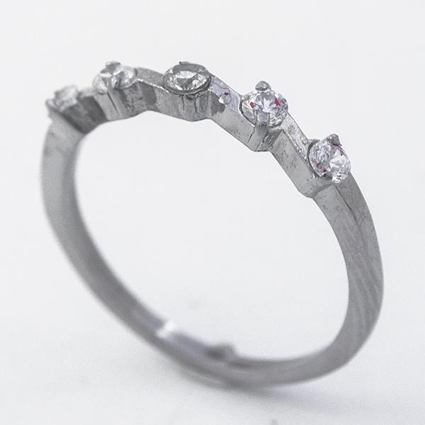 Joyas de acero quirúrgico por mayor, Anillos, anillo acero diseño clásico y pequeños circones blanco-Joyas de Acero-Anillos-RA0817