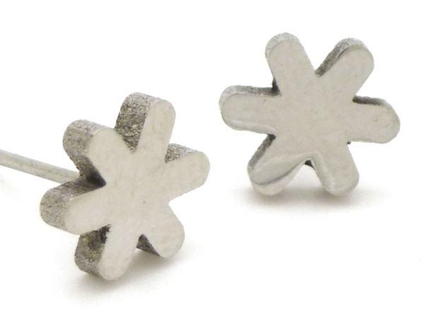 Joyas de acero quirurgico por mayor, Aros. Aro flor pequeño pulido-Joyas de Acero-Aros-EA0253