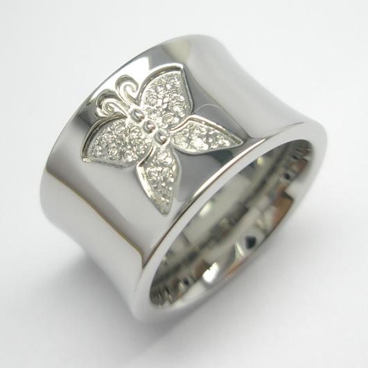 Joyas de acero quirurgico por mayor, anillos. anillo con una maripoza en el centro-Joyas de Acero-Anillos-RA0022L